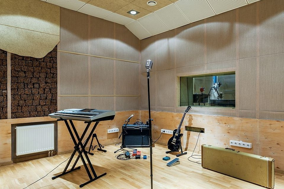 recording studio design, acoustic booths, recording studio soundproofing